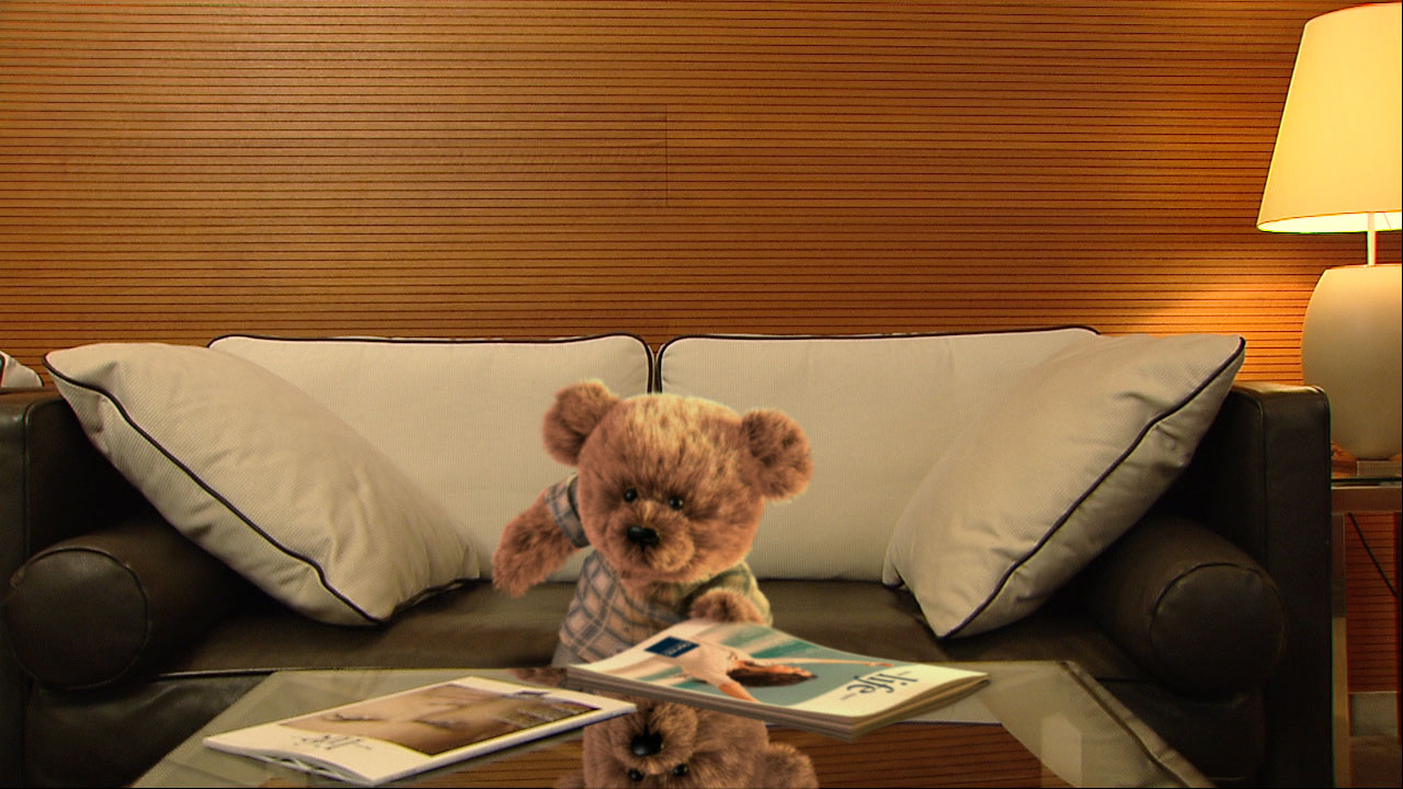 "3d-teddy-sofa Camera tracking, Charakter ""Teddy for Dorint"""